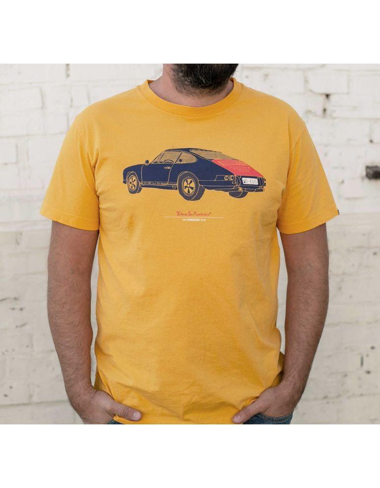 Футболка Deus жовта з Porsche розмір S